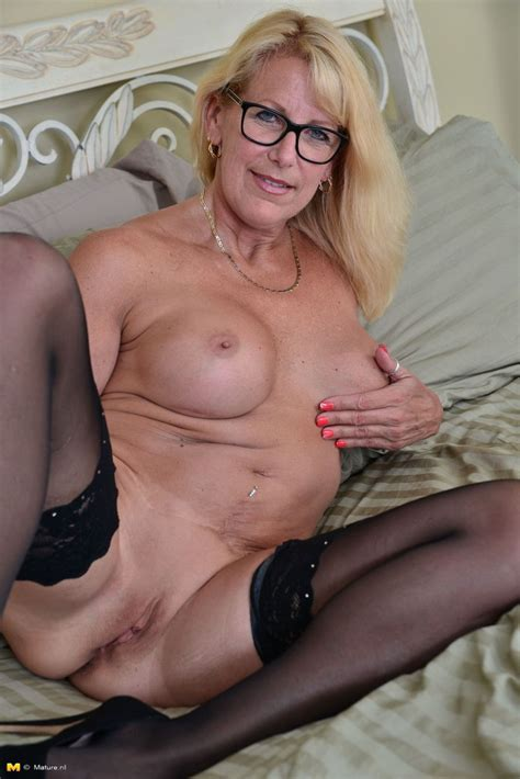 Blonde canadian Housewife Grinding On Her Couch At mature sex Pictures