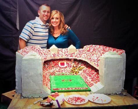photo check   mammoth ohio stadium cake big ten