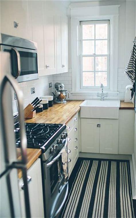 kitchen sink dishwasher best 25 small kitchen design ideas on 2669