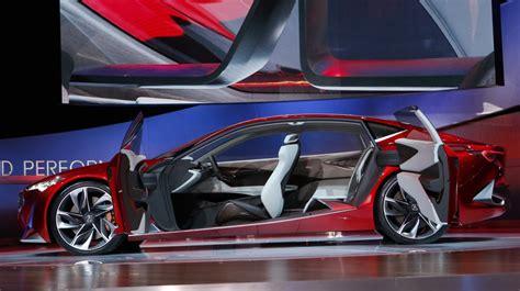 amazing cars    detroit auto show business
