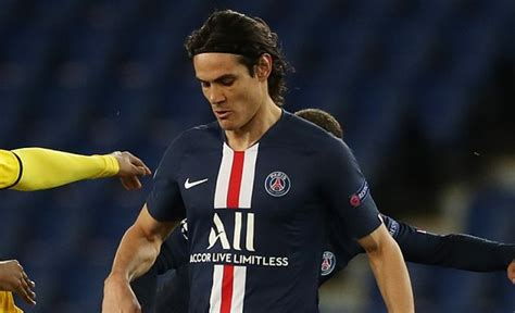 Ex-Man Utd striker Berbatov makes prediction on Cavani ...