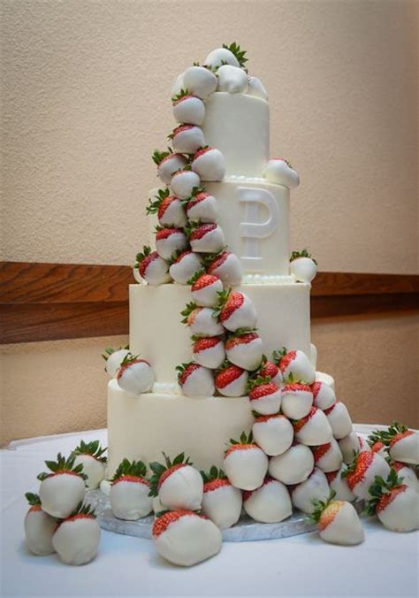 white chocolate strawberry wedding cake strawberry