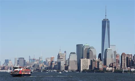 Nyc Boat Tours by New York City Sightseeing Dinner Cruises 2017 Tickets