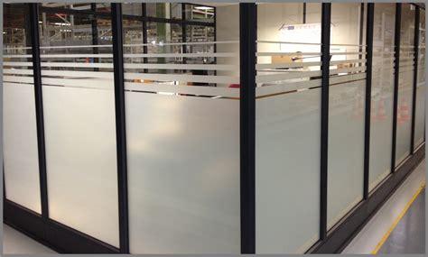 Fenster Sichtschutz Glas by Fenster Sichtschutz Milchglasfolie Beschriftungen Luzern