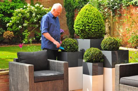 Outdoor Pots And Planters by Unique Outdoor Planters For Your Garden Homesfeed