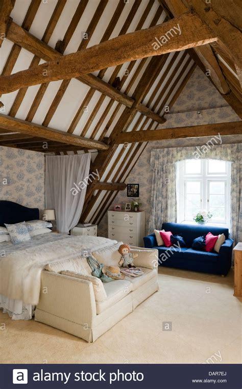 exposed beams  loft bedroom english  century manor