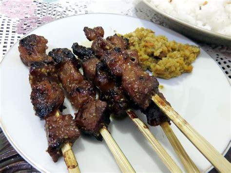 Demikian resep membuat sajian sate daging sapi khas madura. Maranggi H. Aman: Empuk Manis Sate Maranggi Berpadu dengan Sambal Oncom