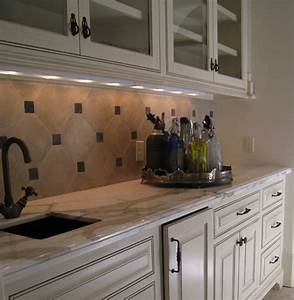 Vancouver Interior Designer Can You Use Large Tiles For