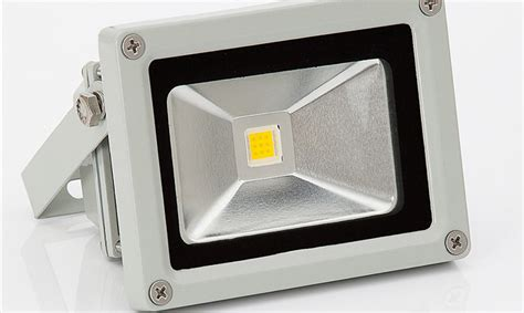 Faro Illuminazione Esterna Faro Led Con Pannello Solare Per Illuminazione Esterna E