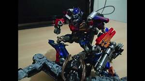 Transformers Stop-motion - Optimus Prime Vs Crankcase