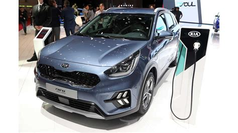 Kia Niro Pricing by Kia Niro Phev Gets Updated Features Pricing For Uk