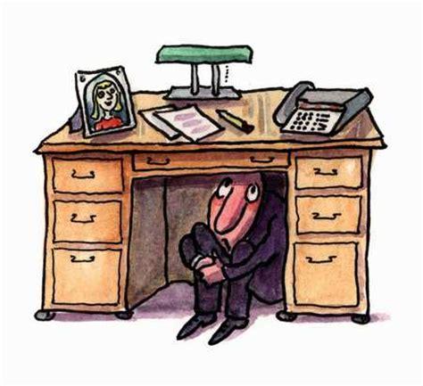Hiding Under Desk  15 Seconds