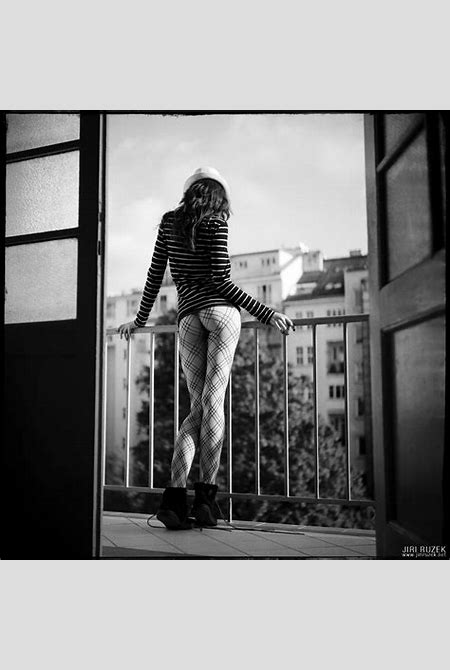 Jiri Ruzek - Uglamour Nude Art Photography