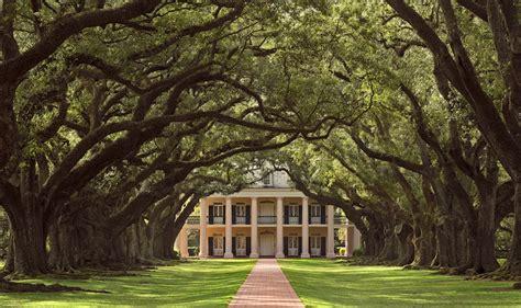 louisiana historic plantation homes locations photos