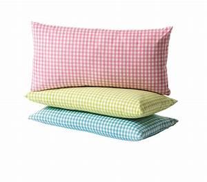 Coussin Palette Ikea : coussin violet ikea oreiller tete de lit coussins tete de lit ikea coussin de tete de lit tete ~ Teatrodelosmanantiales.com Idées de Décoration
