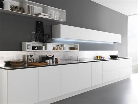 lacquered wooden kitchen  composition   zampieri