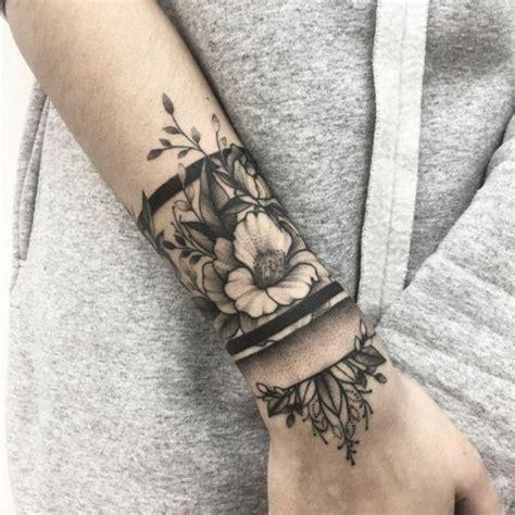 ideas de tatuajes en el brazo delicados  originales