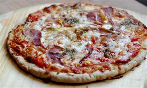 pate a pizza tupperware pate a pizza minute 28 images pate minute tupperware pizza le bonheur est sans gluten