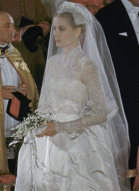 grace hochzeitskleid beautiful resemblance evangelista and grace