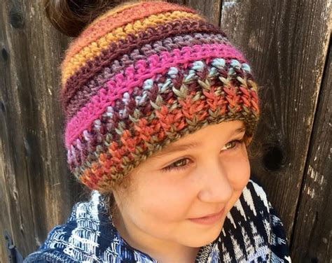 """The classic """"half up, half down"""" look is the one everybody can relate to, regardless of the length of your locks or their thickness. Messy Bun Beanie/Messy Bun Hat/Pony Tail/ Warm Hat/ Earth ..."""