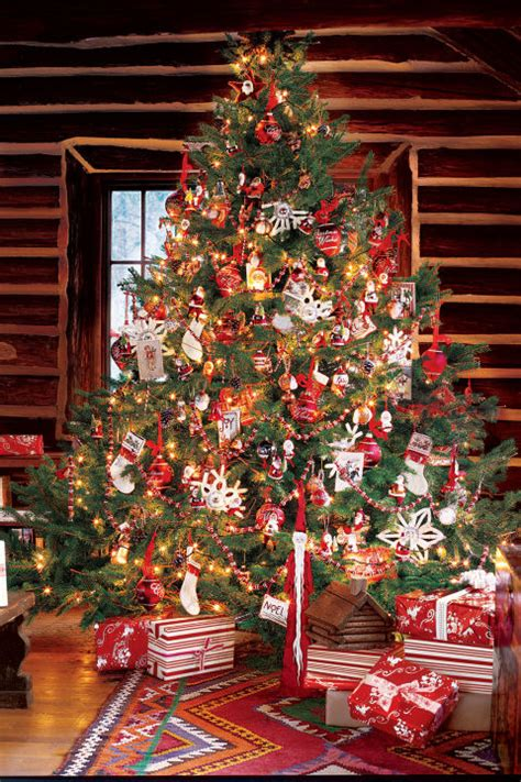 red  green christmas tree decorations christmas