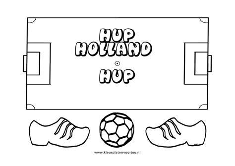 Kleurplaat Voetbal by Kleurplaten Voetbal Kleurplaten Voor Jou
