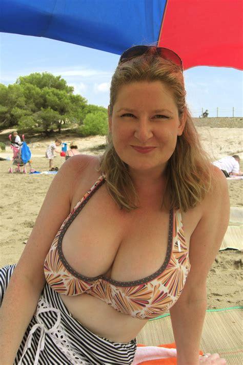 wife   beach robot  catford flickr