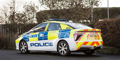 Scotland Yard Now Driving Toyota Mirai Fuel Cell Cars