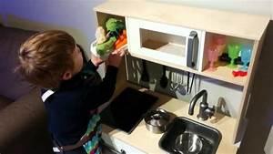 Cuisine ikea pour enfant youtube for Photo pour cuisine