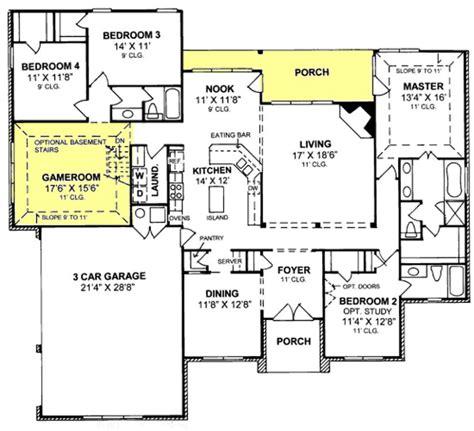 3 bedroom floor plans with garage 655799 1 traditional 4 bedroom 3 bath plan with 3