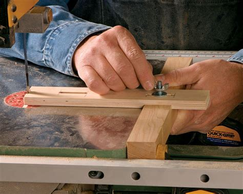 bandsaw jig  cutting simple curves finewoodworking