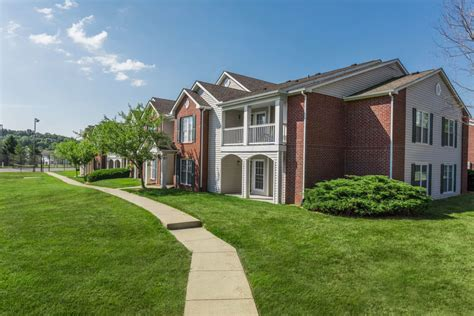 Apartments Bloomington In by Steeplechase Apartments Apartments For Rent In