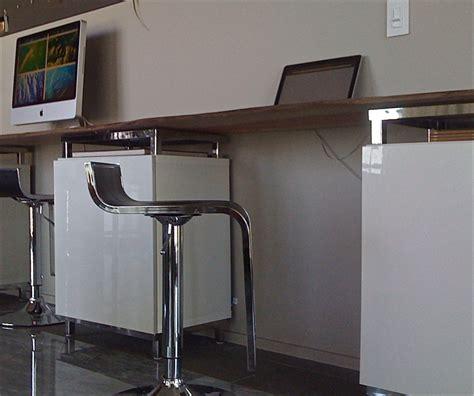 console bureau ikea bureau customisé avec besta d 39 ikea bidouilles ikea