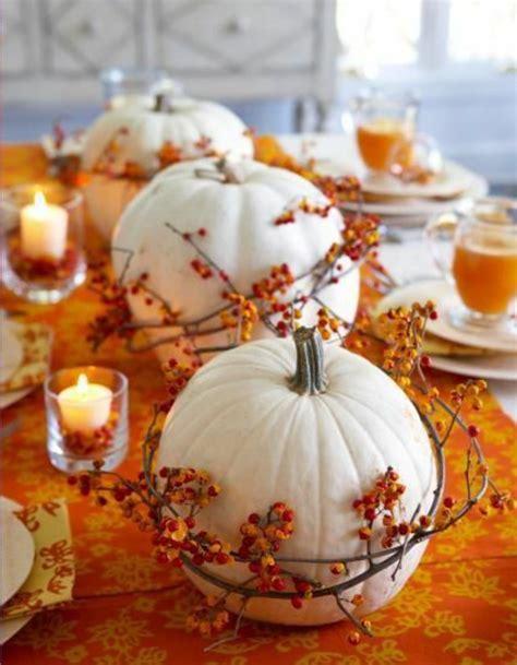 Kuerbis Dekorationsideenelegante Weisse Dekoration by Herbstliche Dekoration Oder Den Herbst Zu Gast Einladen