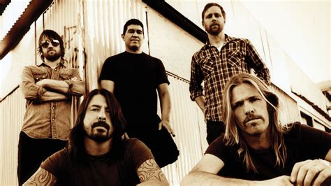 Foo Fighters To Play Last Minute Benefit Show In New