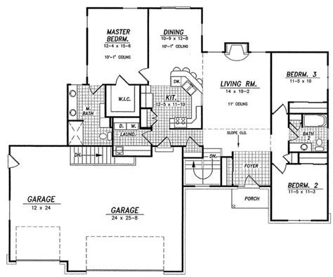 house plans with mudroom great mudroom laundry 3 car garage 1600 sq ft so