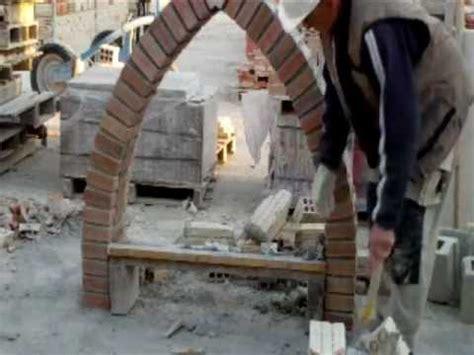 como construir arco apuntado  ladrillo  vista