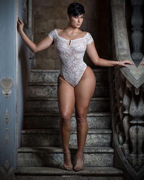 Zahra Elise Shesfreaky
