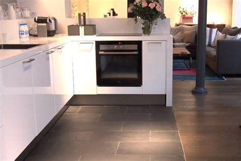 sols de cuisine carrelage design parquet sur carrelage moderne design