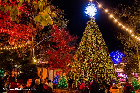 silver dollar city wins  theme park holiday event