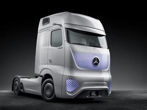 concept truck mercedes benz future truck 2025 photo gallery autoblog