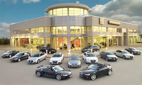 Car Dealers by Car Dealerships Will Soon Be Extinct