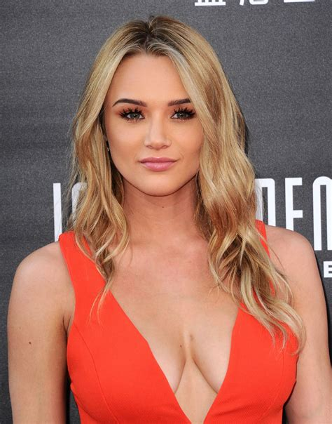 Hunter King Independence Day Resurgence Premiere In