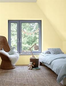 Kleine Räume Optisch Vergrößern Boden : kleine zimmer dachschr gen optisch vergr ern alpina farbe wirkung ~ Indierocktalk.com Haus und Dekorationen