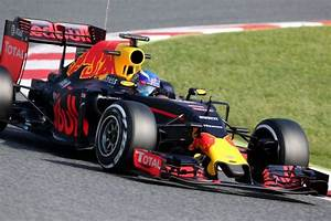 Red Bull Formule 1 : gespot verstappens red bull rb12 uit spanje in 1 43 ~ New.letsfixerimages.club Revue des Voitures