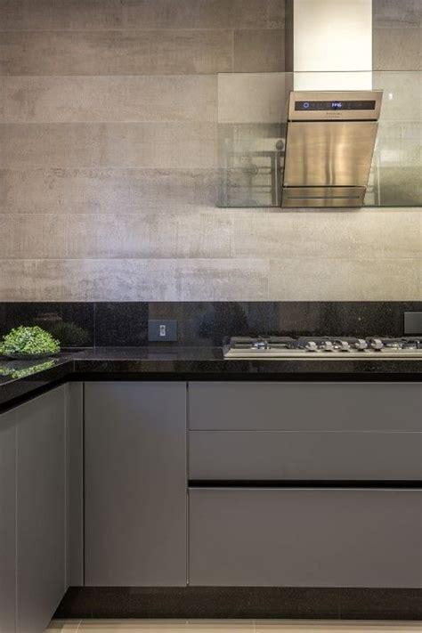 kitchen decorative tiles apartamento moderno integra 231 227 o arquitetura e decora 231 227 o 1074