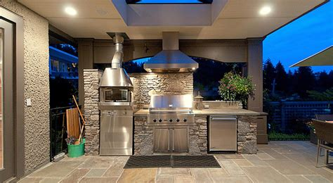 outdoor kitchen backsplash ideas top 15 outdoor kitchen design and decor ideas plus costs 3824