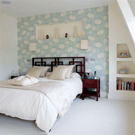 charming bedroom designs  floral wallpaper rilane