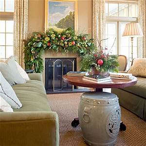 Natural Mantel Idea House Christmas Decorations