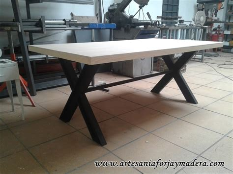 artesania forja  madera